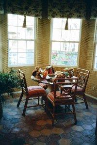 krzesła w jadalni